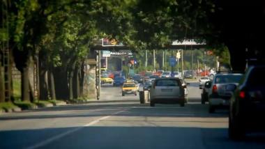 trafic masini strada