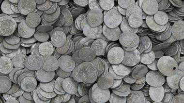monede mnir