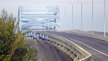 9f99Wisconsin-bridge-Leo-Frigo