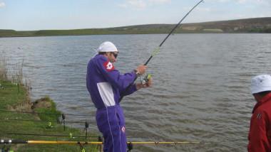 pescari-pescuit