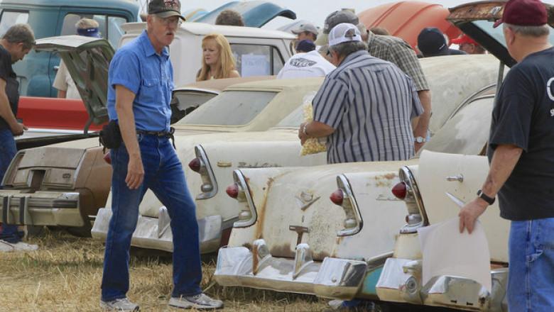Old Car Auction Nebraska 3171773 ver1.0 640 480