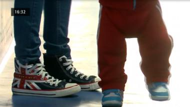 picioare de copil mic
