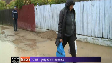 300913 strazi inundate
