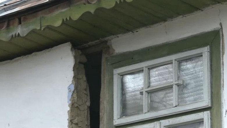 casa crapata de cutremur in Galati - captura digi24-1