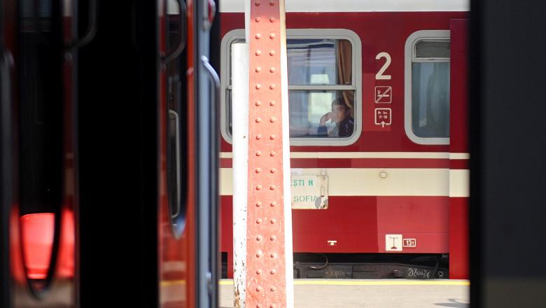 tren in gara de nord mfax-14