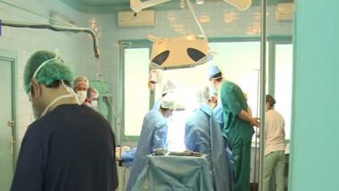 doctori operatie-1
