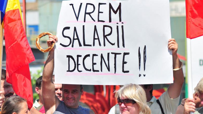salarii-protest-angajati-bani-mediafax-2
