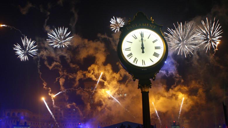 Artificii revelion piata Constitutiei-Mediafax Foto-Adriana Neagoe