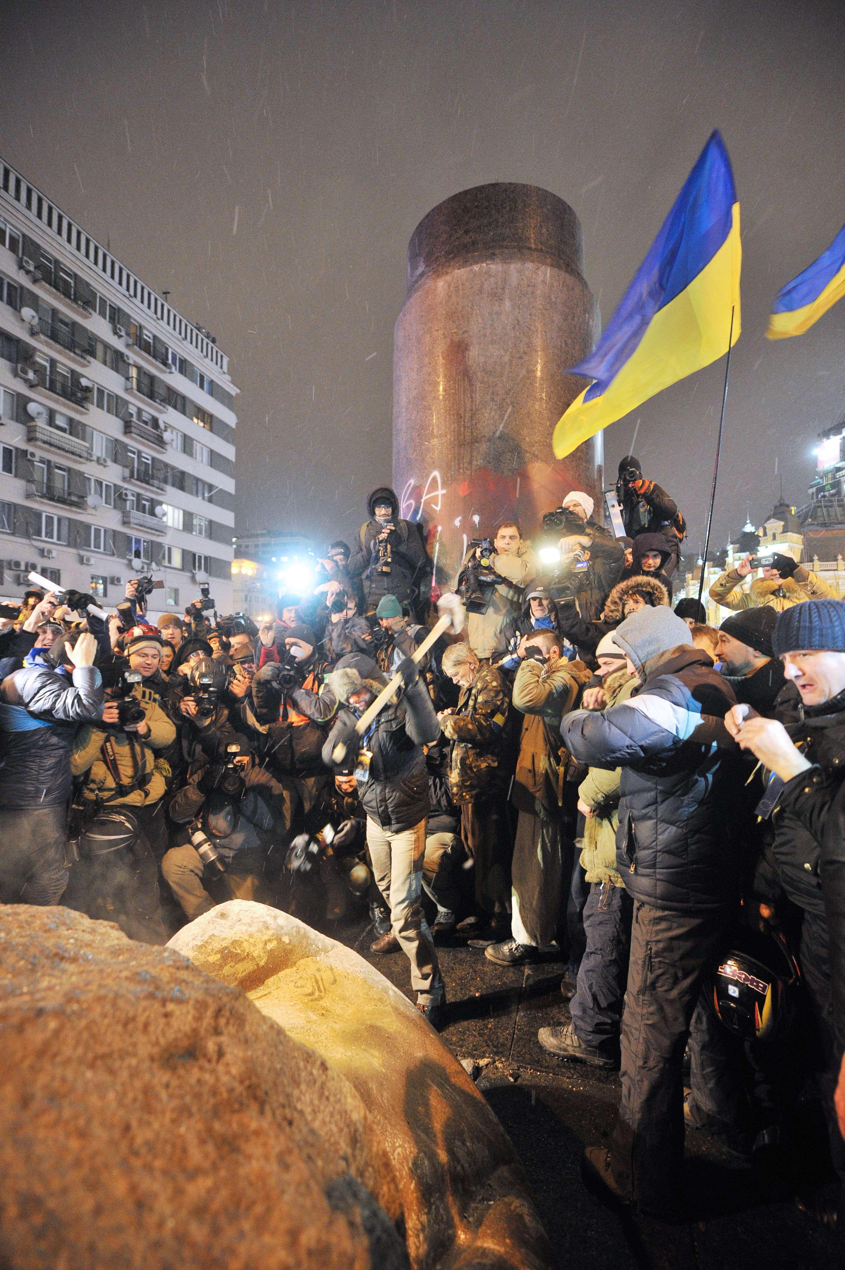 lenin5-6278858-AFP Mediafax Foto-GENYA SAVILOV