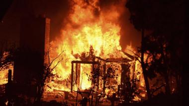 REU-USA POWERHOUSE-FIRE-10