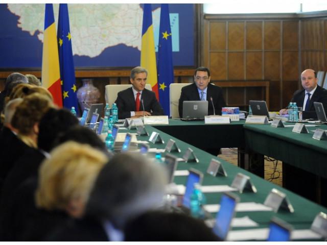Victor Ponta, în prezența lui Iurie Leancă, în ședința de guvern: Tom și Jerry nu trebuie să vorbească neapărat în rusă