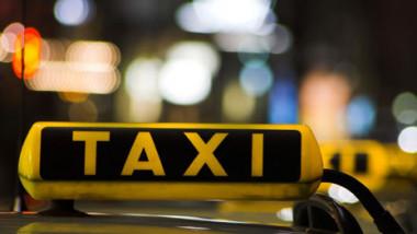 taxi-noaptea 1