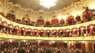 teatru public