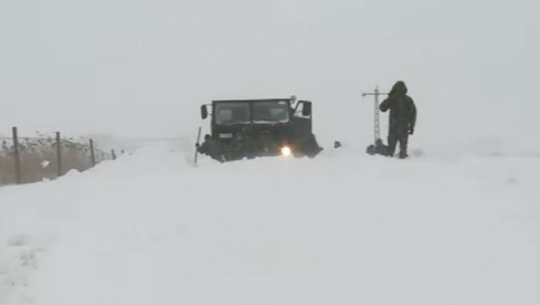 camion armata inzapezit