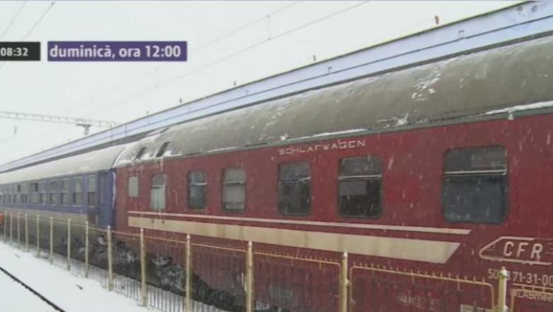 270114 Mii de calatori blocati in tren