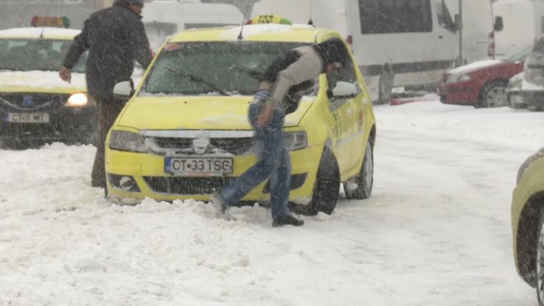 taxi iarna