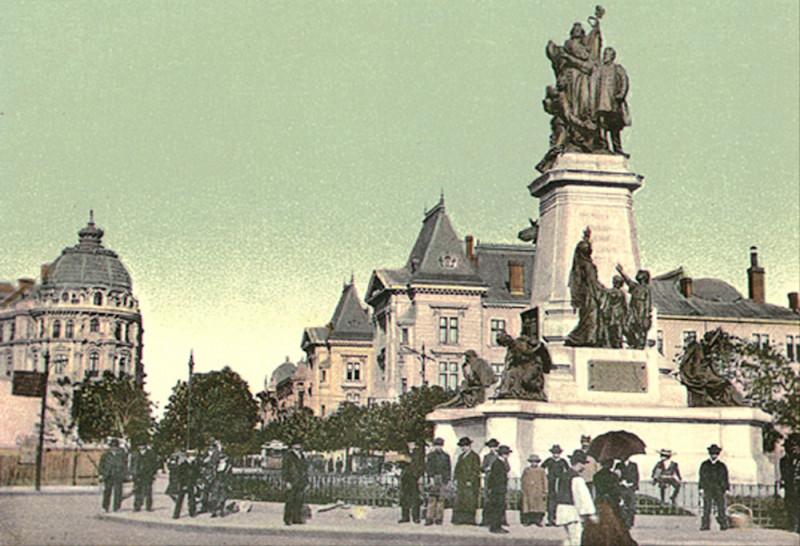 Imagini pentru statuia lui bratianu din bucuresti photos