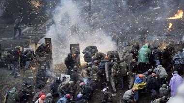 Violente Kiev Ucraina 20 februarie-AFP Mediafax Foto-LOUISA GOULIAMAKI