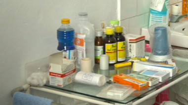 medicamente cabinet scolar
