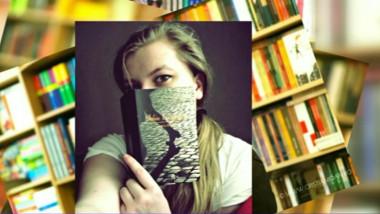 bookselfie