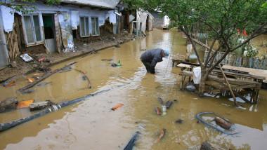 inundatii 2 mediafax