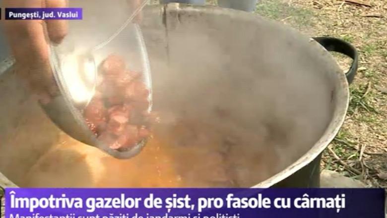 fasole cu carnati la pungesti