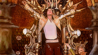 michael-jackson-hologram-2014-billboard-music-awards-performance-650