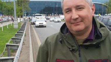 rogozin in moscova crop