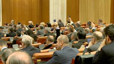 parlament vot-1