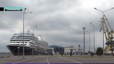 nava croaziera port cta