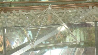 piramida cristal