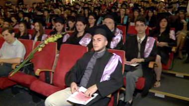 absolventi postliceala