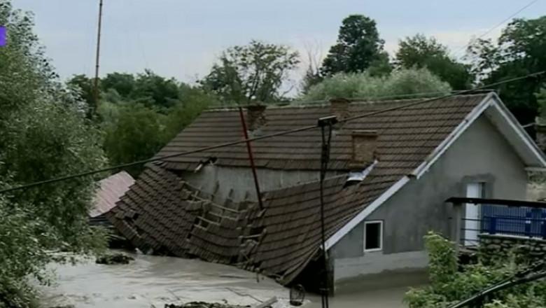 inundatii bascov