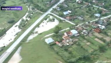 inundatii din elicopter