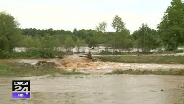 inundatii viitura ploi digi24