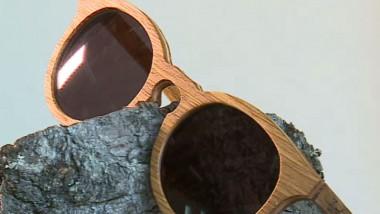 ochelari de lemn