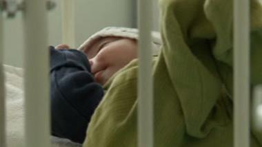 bebe in pat verde pp