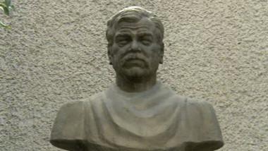 sahleanu statuie 2