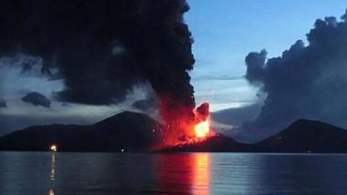 eruptie vulcan papua