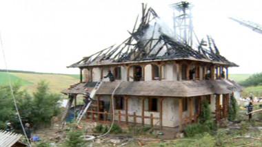 incendiu manastire 4