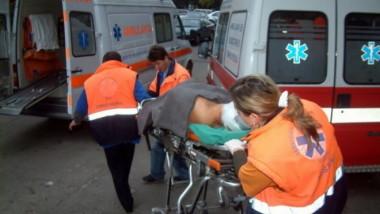ambulanta-accident-mediafax-foto-ciprian-sterian-660x443