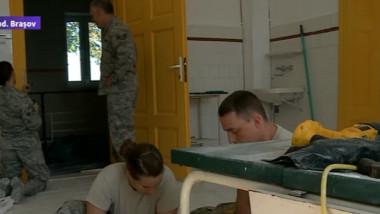 militari americani repara cincu