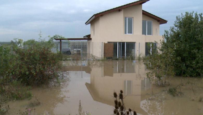 icon efectele inundatiilor din vest160914