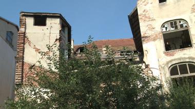 ruina cladire1
