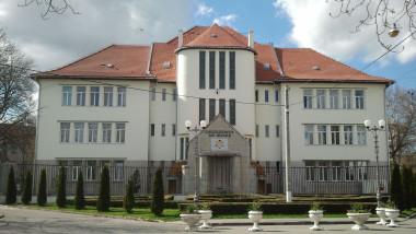 Universitatea din Oradea