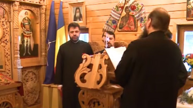 preoti in biserica
