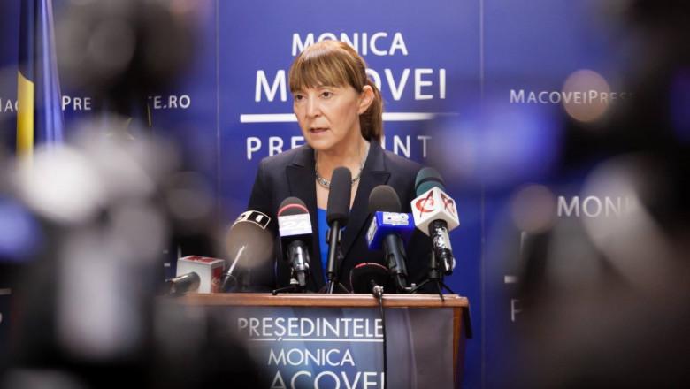 monica macovei - fb-1