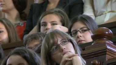 studenti an universitar