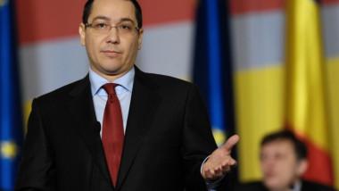 big discursul-premierului-victor-ponta-la-sus-inerea-proiectului-bugetului-de-stat-pentru-2013-n-fa-a-parlamentului-1
