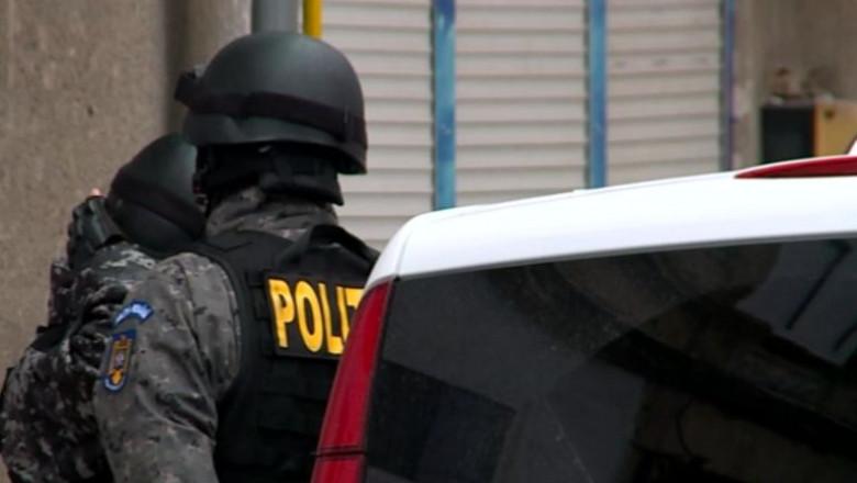 politia deschinderi perchezitii-2